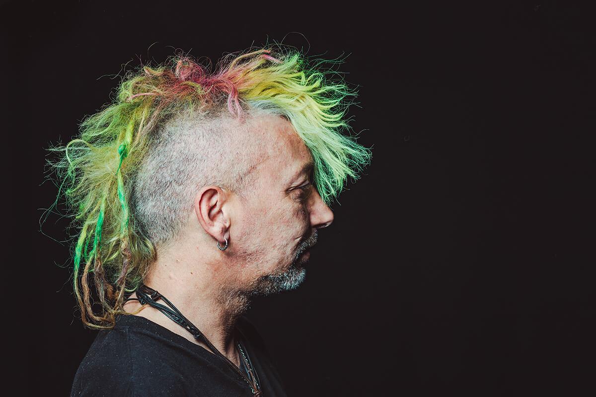 Portraitfoto von Punkt Rio Korn, Sänger der Band No Exit